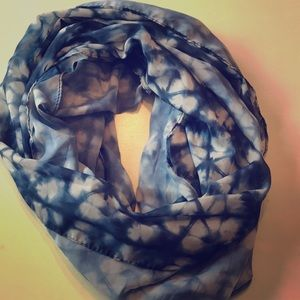 Blue and white scarf from Old Navy.